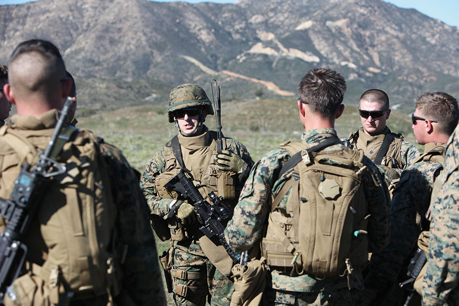 Marine lieutenant discusses movement under fire during exercise Iron Fist at Camp Pendleton, California (U.S. Marine Corps/Danny L. Shaffer)