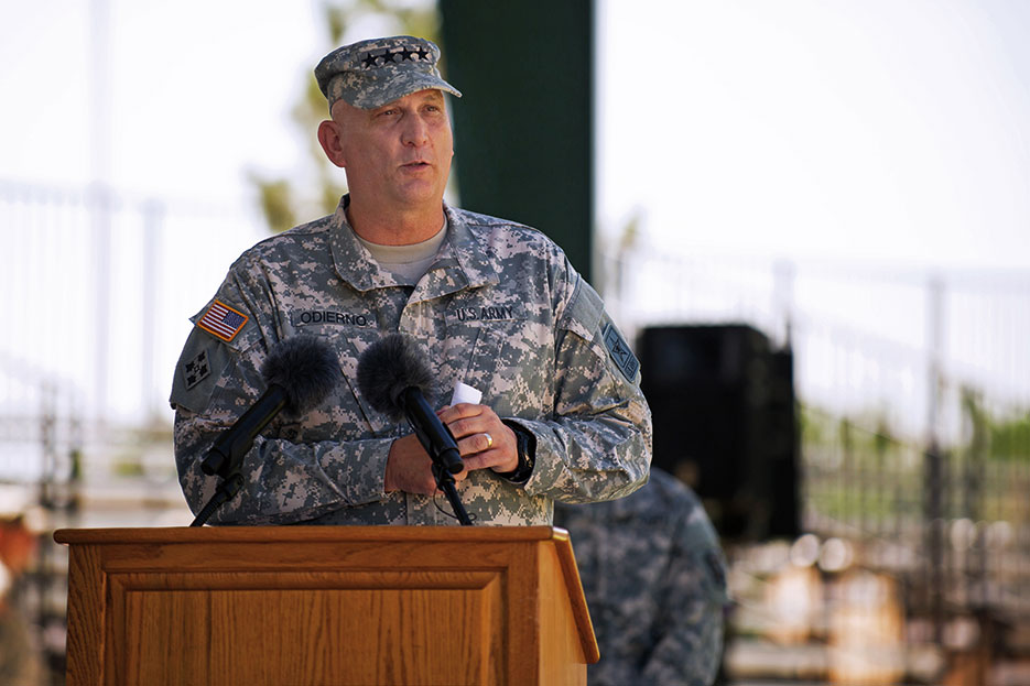 Chief of Staff gives remarks during promotion ceremony at headquarters, 4th Infantry Division, Fort Carson, Colorado (U.S. Army/Teddy Wade)