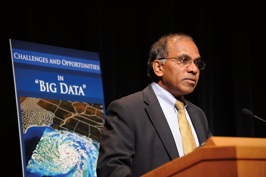 At event led by The White House Office of Science and Technology Policy, National Science Foundation Director Subra Suresh joined John Holdren and other Federal science agency leaders to discuss cross-agency big data plans (Peter Cutts/National Science Foundation)