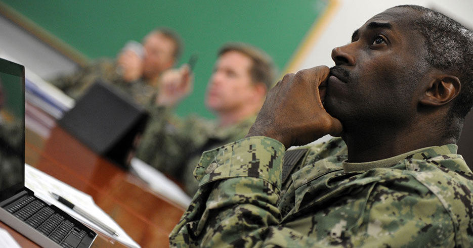 U.S. Naval War College student participates in National Security Decision Making seminar (U.S. Navy/James E. Foehl)