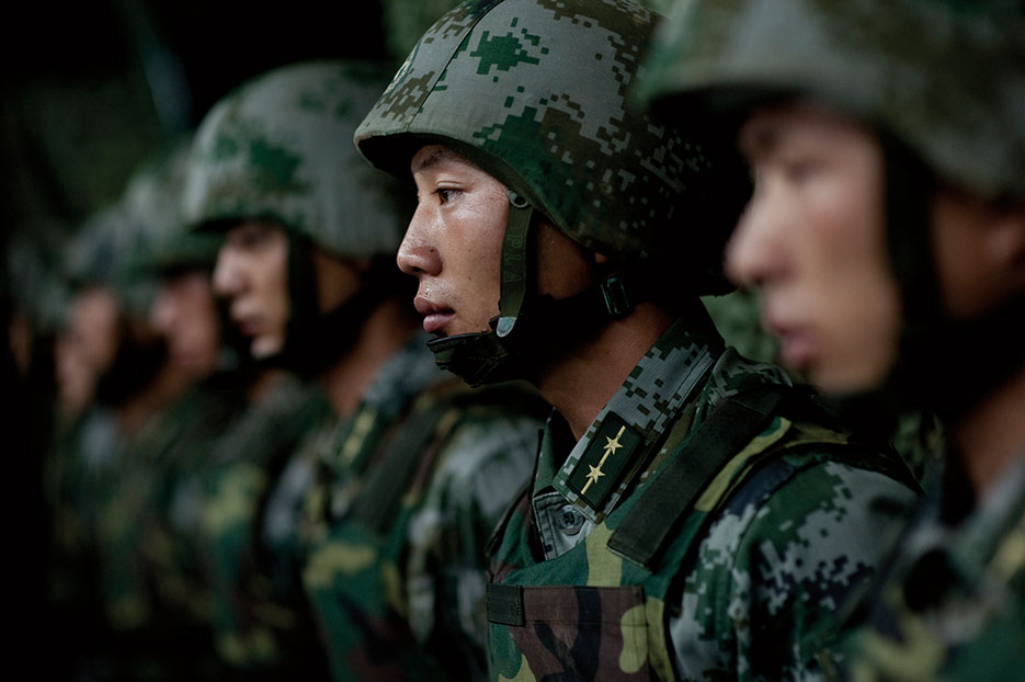 Soldiers of Chinese People's Liberation Army 1st Amphibious Mechanized Infantry Division, July 12, 2011 (DOD/Chad J. McNeeley)