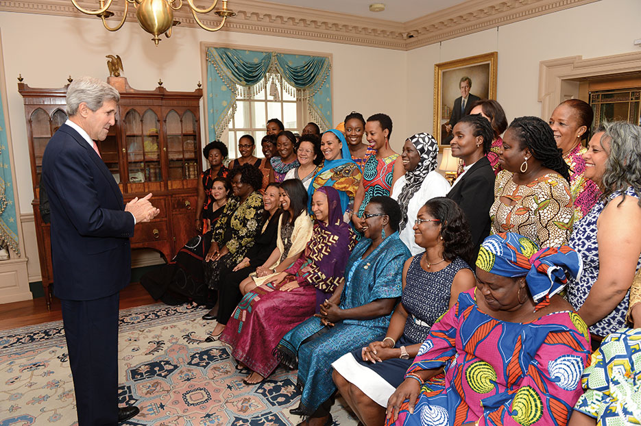 Secretary John Kerry meets with African Women's Entrepreneurship Program Delegates at U.S. Department of State, August 2013 (State Department)