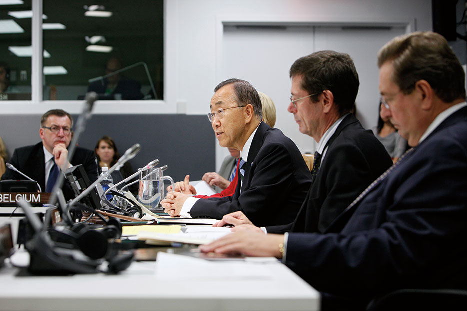 United Nations Secretary-General Ban Ki-moon addresses meeting on preventing and responding to sexual violence in conflict, New York City, September 2013 (United Nations/Eskinder Debebe)